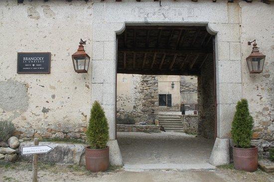 Le Château Brangoly: Entrada