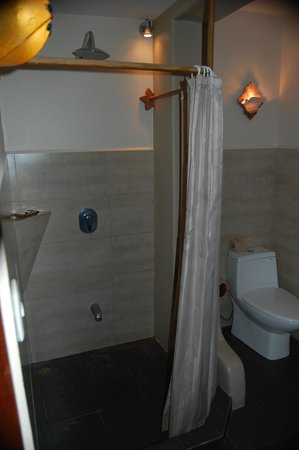 Hotel Amor de Mar: Bathroom, unit #9