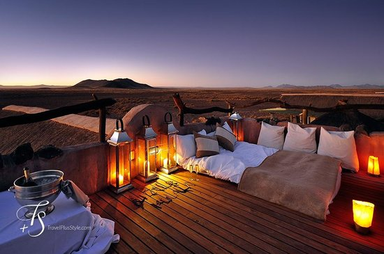 Wilderness Safaris Little Kulala: Sleeping under the stars—AMAZING!