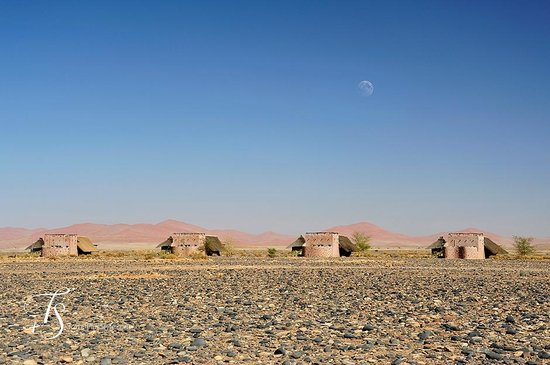 Wilderness Safaris Little Kulala: The villas and the landscape from Mars
