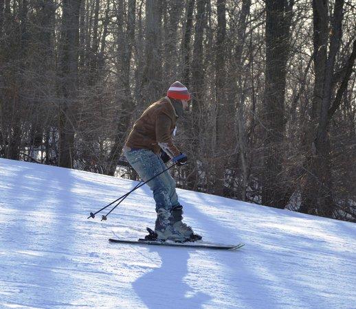 Roundtop Mountain Resort: Esquiando na roundtop