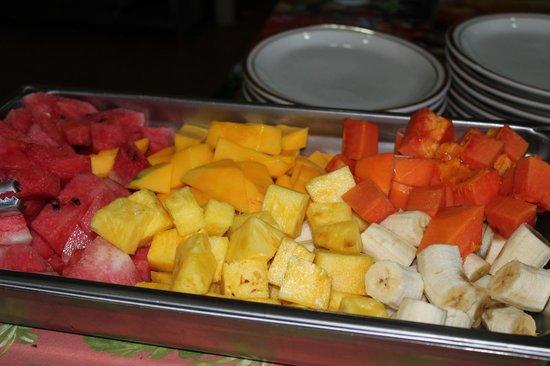 Hotel El Amanecer: Fresh fruit