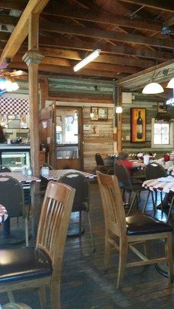 The Grace Miller Restaurant: Quaint and cute