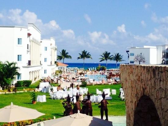 The Royal Playa del Carmen : Vista do lobby