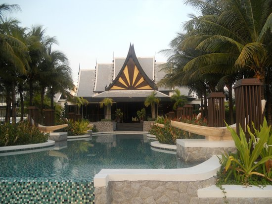 Natai Beach Resort & Spa, Phang-nga : resort