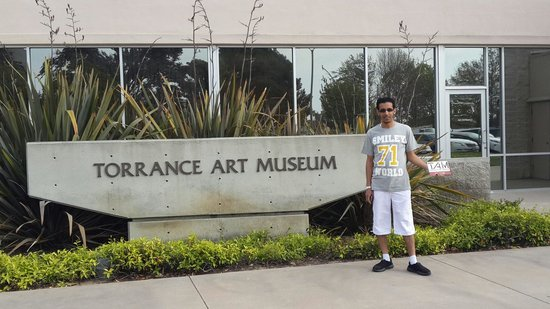 Torrance Cultural Arts Center: At the entrance