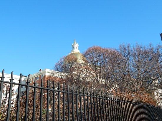 Massachusetts State House : capitol