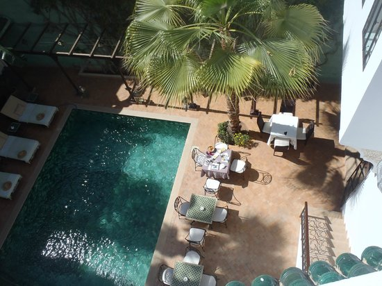 Riad Chergui: Plunge pool courtyard