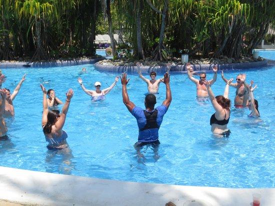 Paradisus Punta Cana Resort: Aerobics in water
