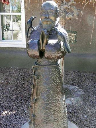 Rancho de Chimayo Restaurante : Courtyard Bronze