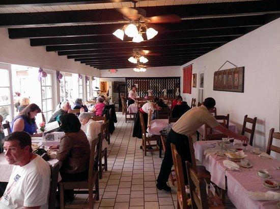 Rancho de Chimayo Restaurante: Main Dining