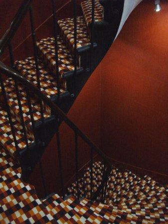 Five Hôtel : Le scale ed il pianerottolo