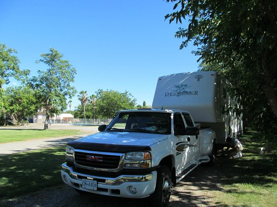 Parkway RV Resort & Campground: A campsite at Parkway RV