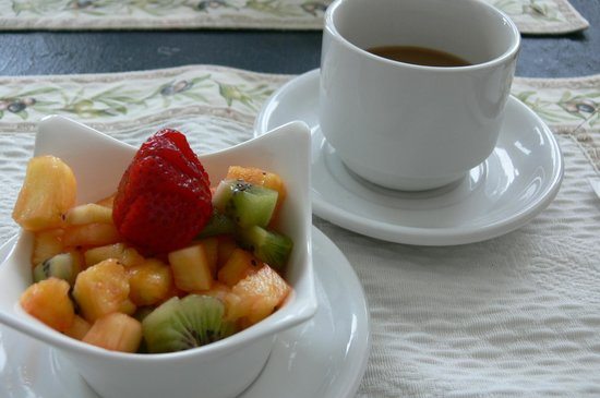 Villa Côté Sud: Breakfast.