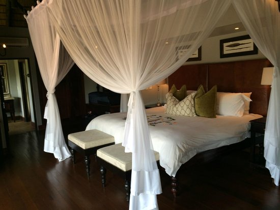 Lion Sands - Tinga Lodge: bedroom