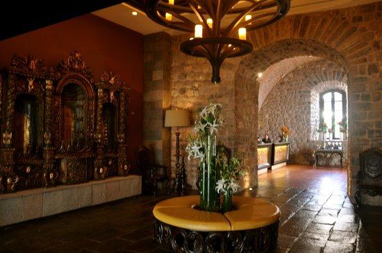 JW Marriott El Convento Cusco: Reception area
