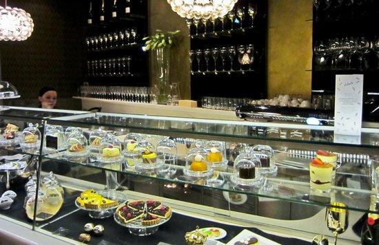 Le Meridien Vienna : Champagne & Chocolate Bar, Le Meridien, Vienna  Austria