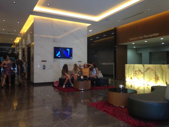 Meriton Suites Herschel Street, Brisbane: Keen to check in!