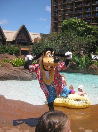 Aulani, a Disney Resort & Spa : Goofy.