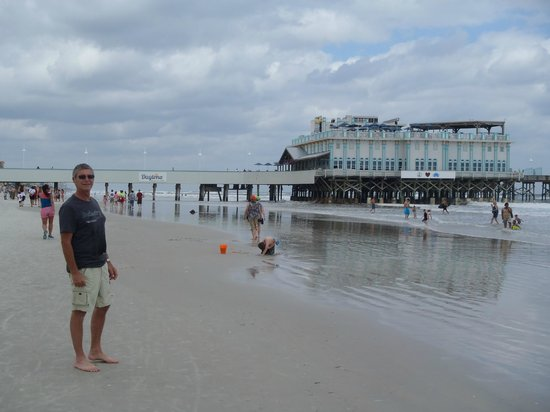 Joe S Crab Shack On Top Of Daytona Beach Pier