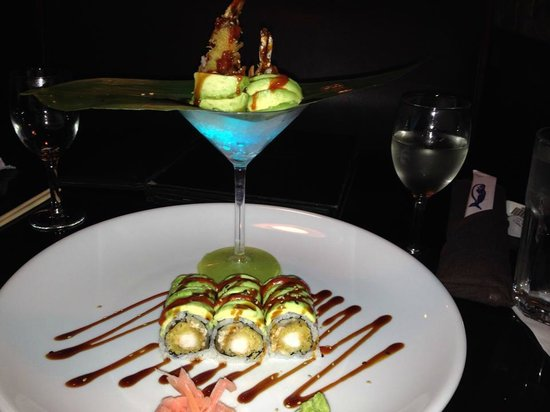 Wasabi Sushi: Green Dragon Roll