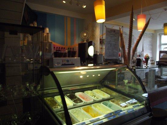 Eldur and Is: Ice cream!