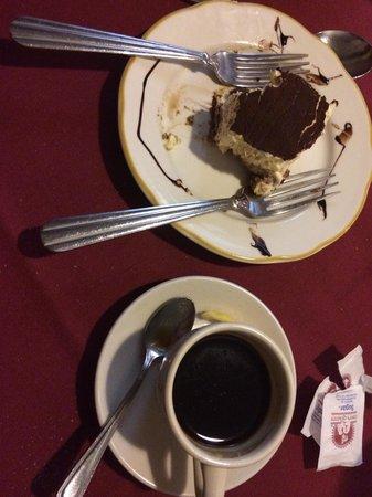 Fratelli Italian Restaurant : Dessert and espresso!!!