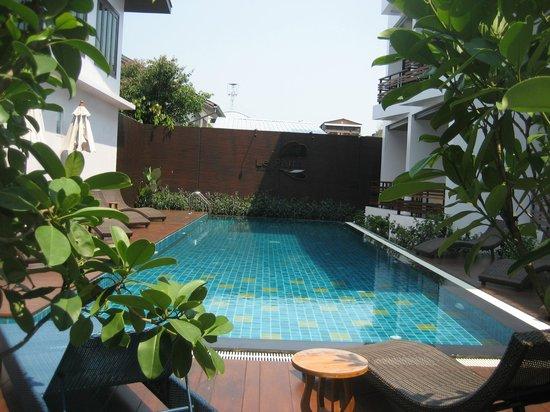 Le Patta: Pool area