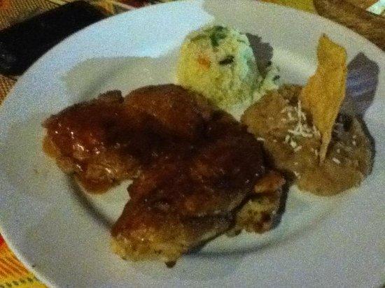 Topolo: chicken dinner
