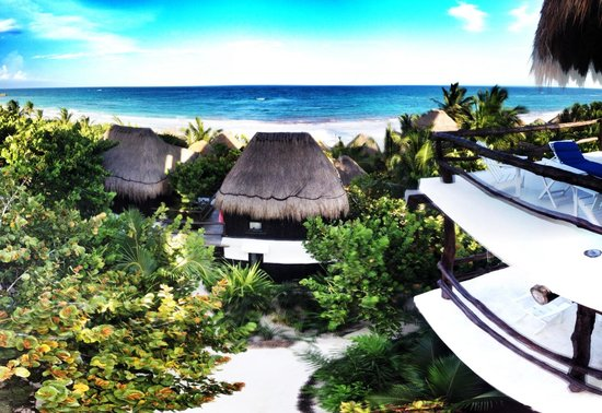 Coco Tulum : The view towards the beach