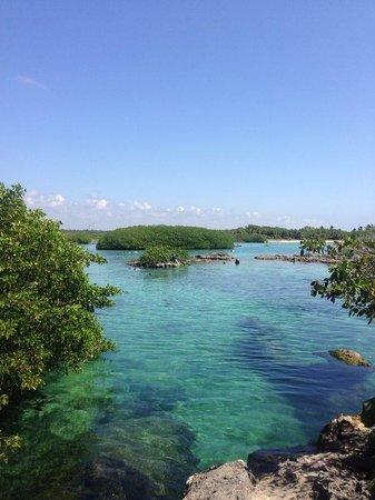Del Sol Beachfront Hotel: Yul ku lagoon