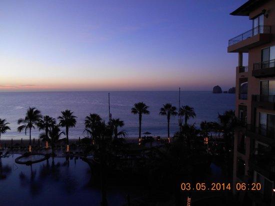 Villa del Arco Beach Resort & Spa: Sunrise from our balcony