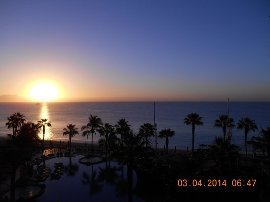 Villa del Arco Beach Resort & Spa Cabo San Lucas: Cabo Sunrise