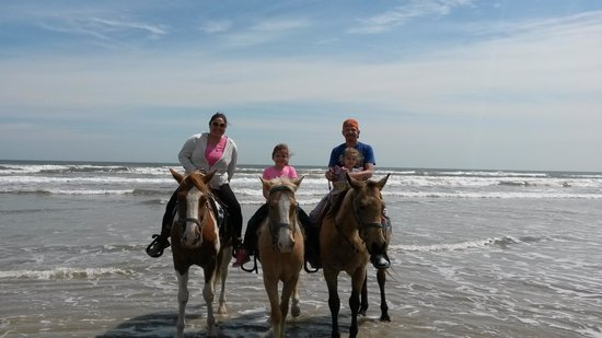 S-n-G Horseback Riding : Fun