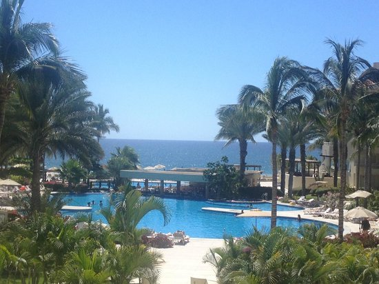 Barceló Gran Faro Los Cabos: View from lobby overlooking the ocean