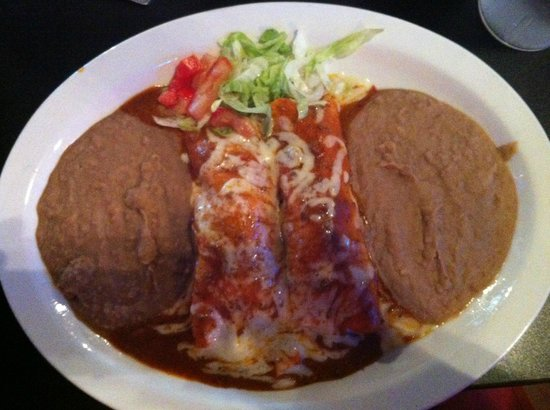 El Chaparro Mexican Bar & Grill : Supreme Enchiladas with double beans