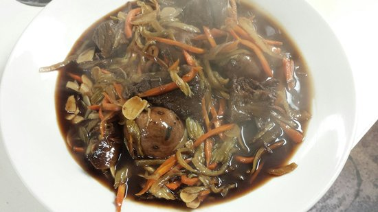 Uncle Charlie's Bistro: Pot Roast