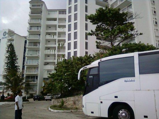 Girasol Condo Hotel : edificio hotel