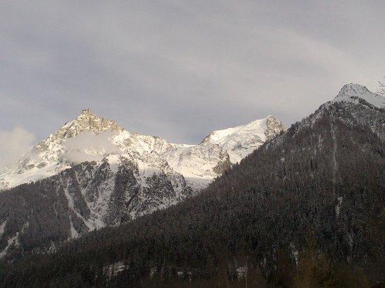 Chalet De Pascaline : Vue sur les montagnes