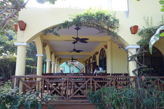 Hamanasi Adventure and Dive Resort: The Dining Area