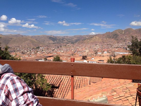 Samay Wasi Youth Hostels Cusco : Una de las mejores vistas para desayunar.