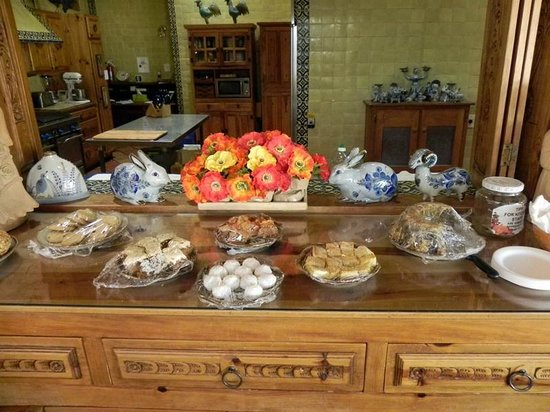 Casa Benavides Historic Inn: Afternoon Tea