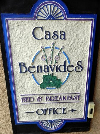 Casa Benavides Historic Inn: Sign