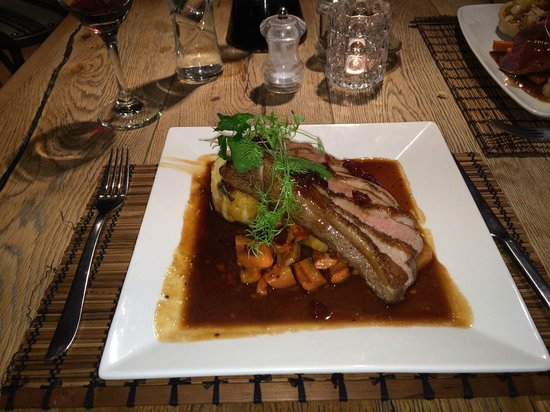 The Jolly Fisherman Pub: Roast Duck with Cranberry Sauce