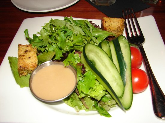 Grille 29: mixed green salad