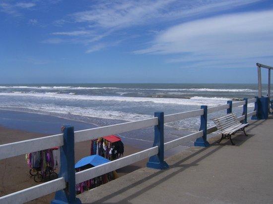 Pinamar, Argentina: Playa desde el puente