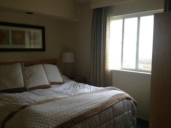 Carlsbad Seapointe Resort: Bedroom - pic 1