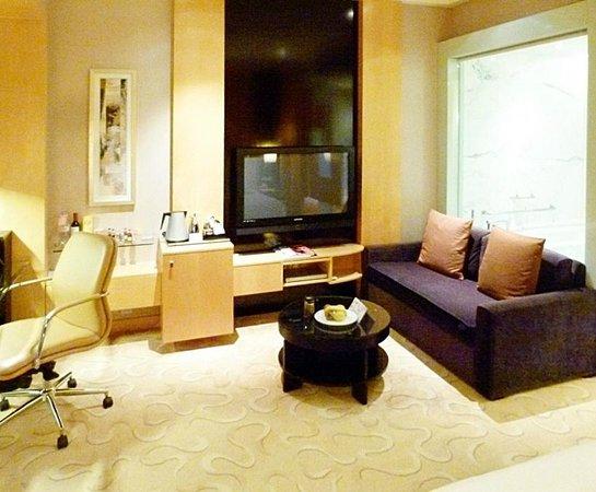 Le Royal Meridien Shanghai: executive club bedroom