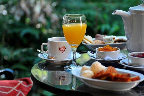 Yvy Hotel de Selva: Desayuno en el balcon