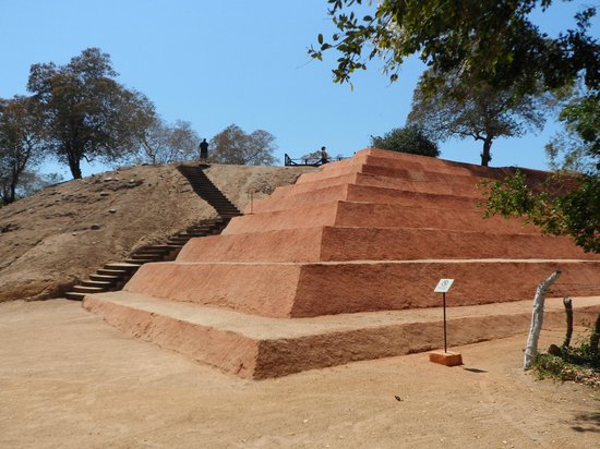Xihuacan Museum and Archeological Site: Pyramid